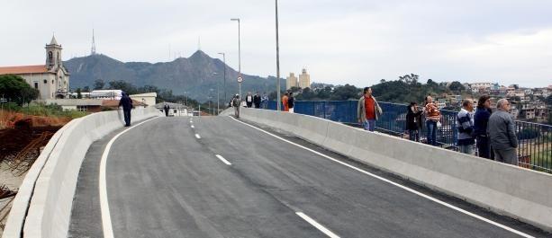 Obras Viaduto do Jaraguá 05/12/2015