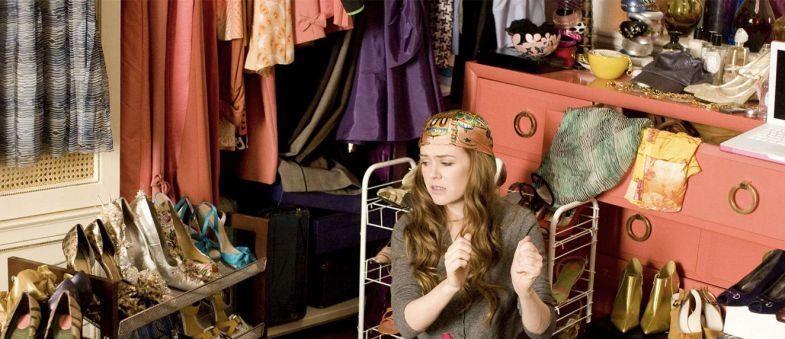8 sinais de que você tem muito mais roupas do que deveria no armário