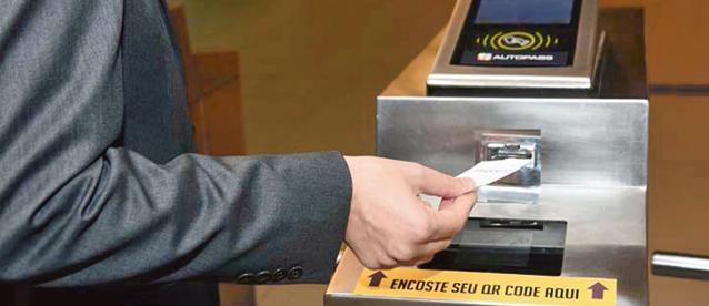 CPTM testa bilhetes com código de barras na Estação USP Leste